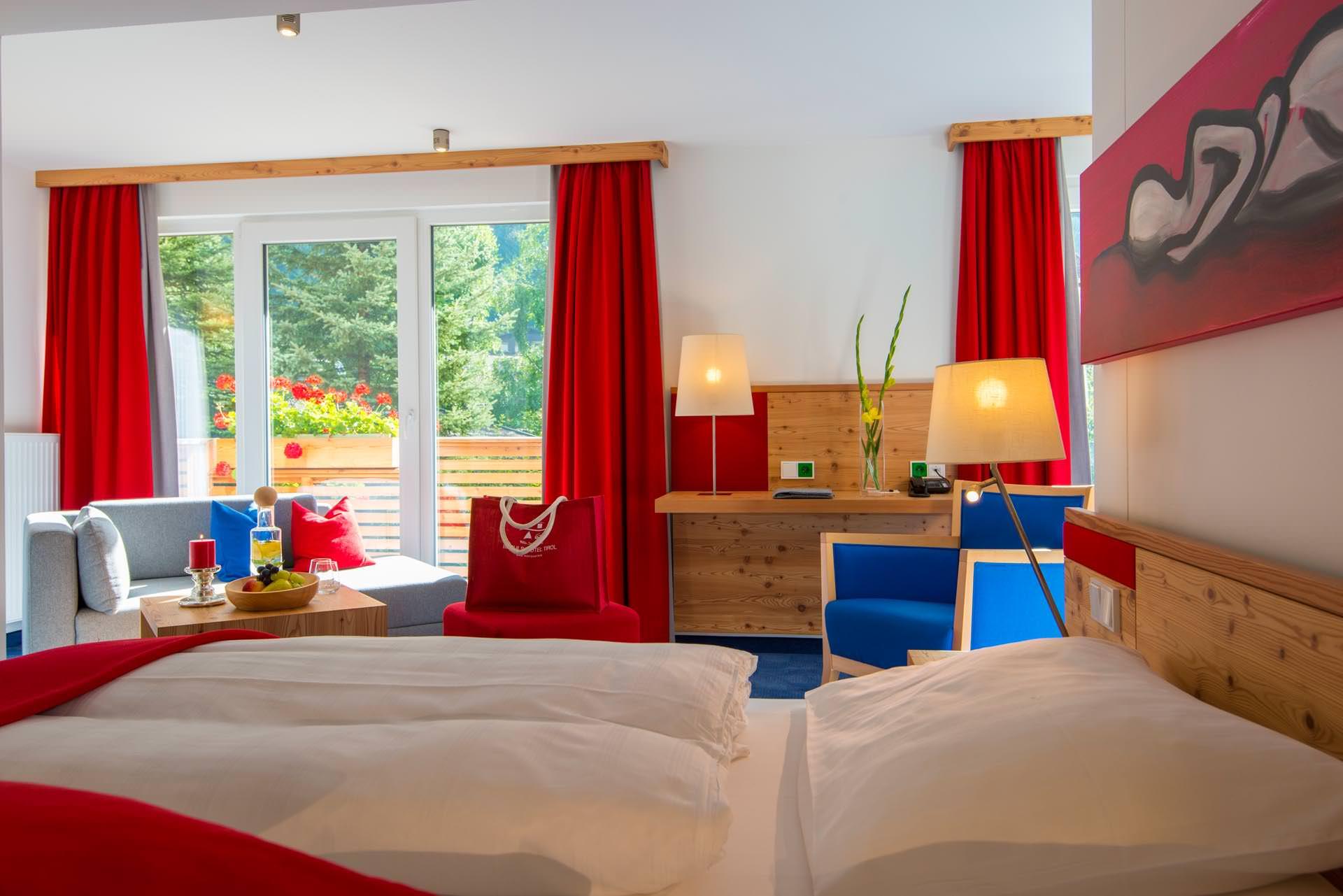 Fein fashionable design bad hofgastein hotel fotos die for Design wellnesshotel nrw